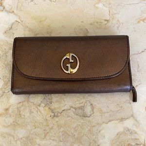 Authentic 1973 Gucci Continental Leather Wallet